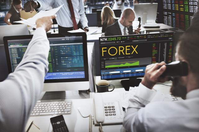 Czym zajmuje się broker Forex i jak wybrać brokera do współpracy?